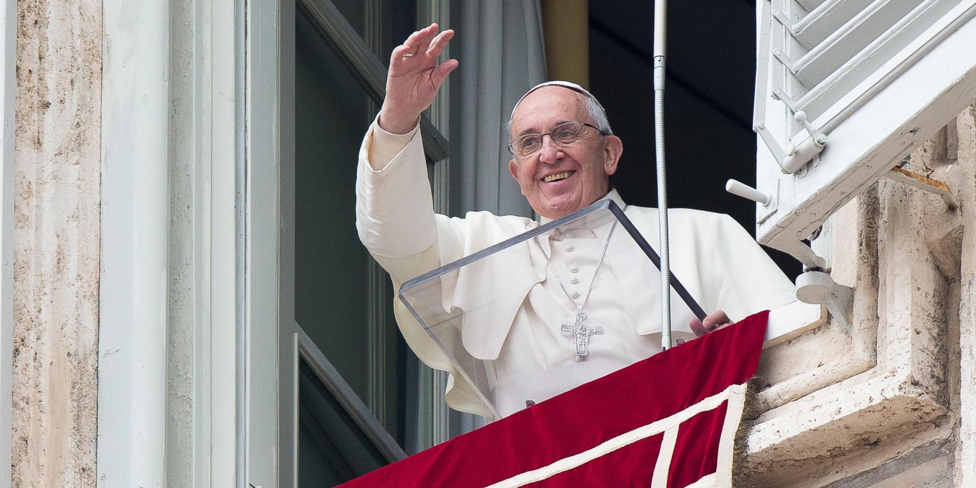 Resultado de imagem para angelus papa francesco